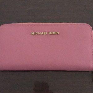 Mk wallet pink